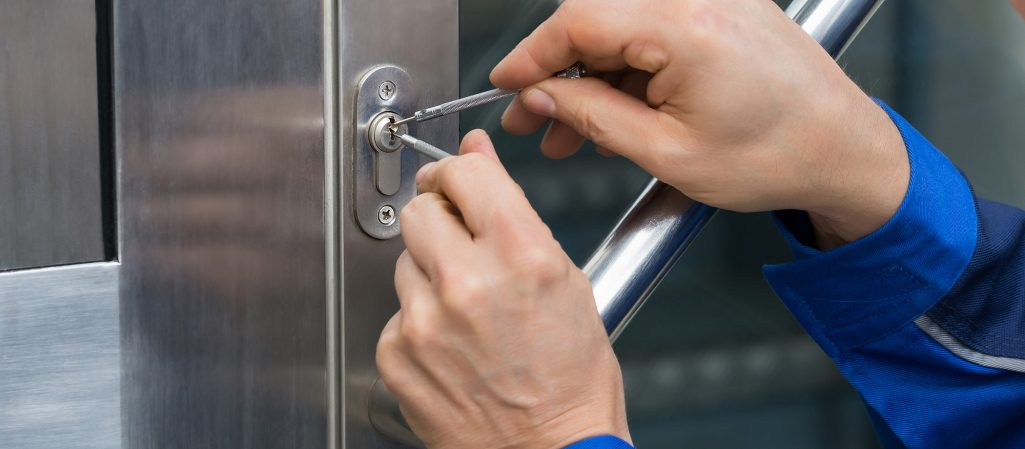 Tricks And Tips For Dealing With Locksmithing Troubles
